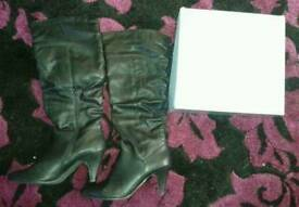 Ladies size 7 knee high boots
