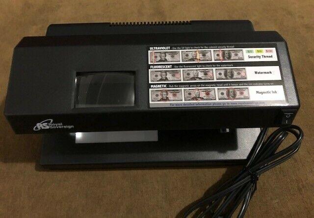 Royal Sovereign Countertop Four-Way Counterfeit Detector RCD-2000