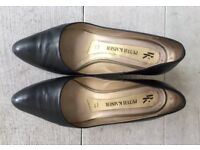 Peter Kaiser Classy Black Heel Shoes Size 4.5 (37)