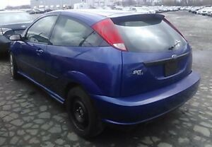 PARTING OUT :2002 SVT Ford Focus (sonic blue) London Ontario image 3