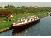 WANTED** A PRIVATE LAKE OR SIMILIAR TO MOOR A CANAL BOAT