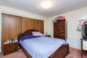 Room for rent near Humber College(Females)