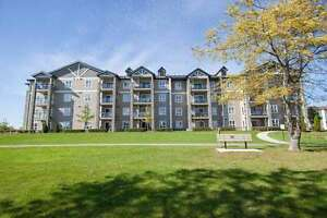 For Sale: Condo Next To Spectacular Waterfront Walk/bike Trail