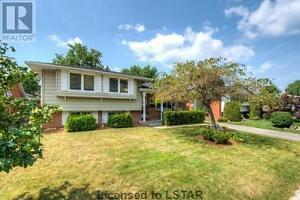 Beautiful 3+1 Bed!! Perfect for First Time Home Buyer!!