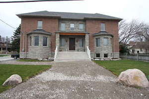 Spacious House in Central Stouville for Lease, Only $3198