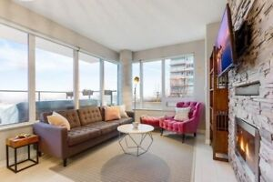 ★Bliss Condos★ - Bright Corner Unit with Parking