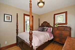 Gorgeous queen bed Cambridge Kitchener Area image 1