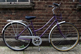 Ladies dutch bike RALEIGH Caprice in MINT CONDITION - 3 speed , frame size 20 ready to go