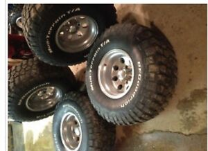 """35"""" mudders 6 bolt Chevy REDUCED!!"""