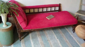 Lovely vintage chaise lounge sofa