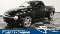 Miniature 1 Voiture American used Chevrolet SSR 2005