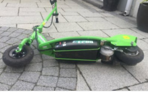 Electric E200 scooter