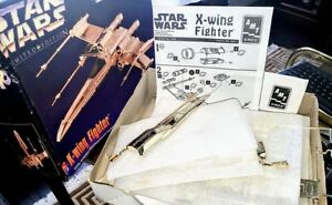 Dundas: NEW in box 1995 *STAR WARS* limited ed. X-WING Fighter ~
