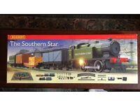 Hornby southern star railway set