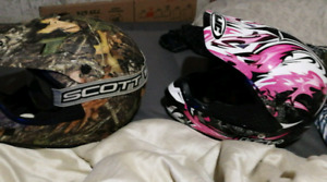 Mint condition camo is largr  pink is size small adult