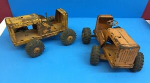 2 Antique Lumar's Trucks