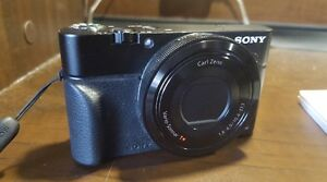 Sony DSC-RX100 I avec/with accessoires/accessories