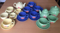 Pretty Coffee/Tea Sets 33pc - Ensembles à café/thé (33 morceaux)