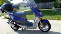2005 Hyosung SF 50 Racing Prima $270 In Ad-Ons