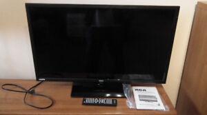 "RCA 32"" TV"