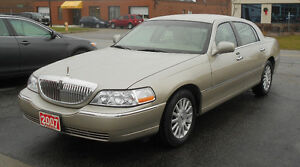 2007 Lincoln Town Car Signature Sedan SUMMER WARRANTY SPECIAL
