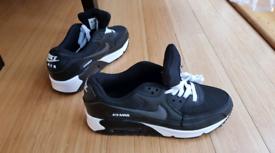 info for 4e16f 9513e Nike air max size 7.5