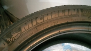 4x Michelin Primacy MXM4 245.45.19 all season tires, great tread