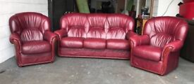 Red leather Chesterfield sofa set Can deliver