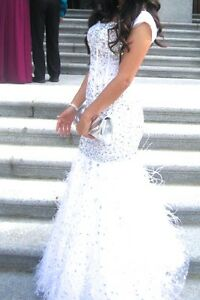 Beautiful Jasz Couture White Embellished Gown Edmonton Edmonton Area image 2