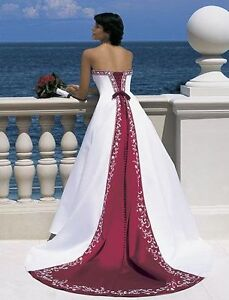 Wedding Dress (MAKE ME AN OFFER)
