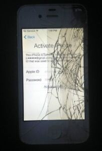 iPhone 4S 16gb white for parts OR LCD Screen a NEW one black