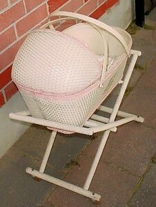 Antique 1930s Babys Wicker Bassinet Bisque Porcelin toy dolls London Ontario image 3