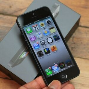 Used black iPhone5 locked to Bell&virgin $70  working perfectly,