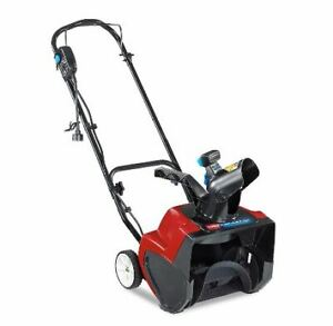 Toro 1500 Electric Power Curve Snow Blower with 15-inch Clearing