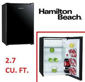 "NEW* HAMILTON BEACH REFRIGERATOR 19"" 2.7 CU. FT. COMPACT REFRIGERATOR FRIDGE KITCHEN APPLIANCE 'C'   76986209"