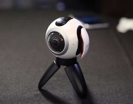 Samsung 360 Gear Camera White New