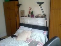 great double room available in a great location(2 rooms available)