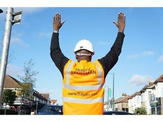 TRAFFIC MARSHALL-BANKSMAN TRAINING & FIRST AID £95.00!!  Picture 5