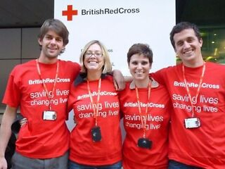Want to save lives? BRITISH RED CROSS FUNDRAISERS WANTED NOW! £8-11 p/hr Leeds Picture 1