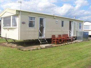 2 luxury holiday caravans for hire at Richmond Holiday Center Skegness  Picture 1