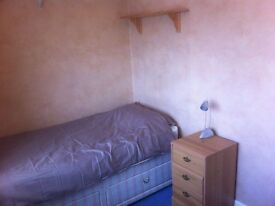 Single room to rent in Parkstone, Poole