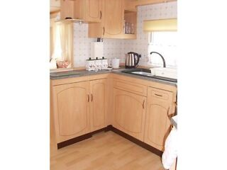 2 luxury holiday caravans for hire at Richmond Holiday Center Skegness  Picture 9