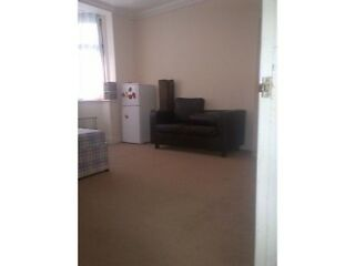F/SHARED HOUSE 1x DOUBLE ROOM TO RENT IN SEVEN KINGS HOLMWOOD RD IG3 9YA ALL BILLS INCLUSIVE  Picture 5