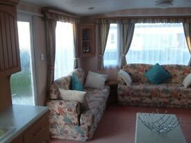 CARAVAN 4 HIRE 3 BED 8 BERTH NAZE MARINE ESSEX SEPT/OCT AVAILABLE - BOOK NOW FOR 2018 DEP SECURES