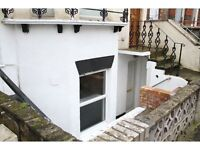 2 two bedroom flat for rent to let in strood Rochester Kent town center house chatham basement