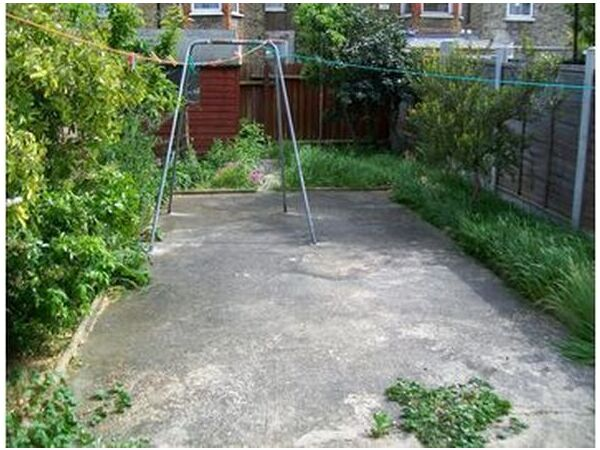 THE BEST 2 BED GROUND FLOOR GARDEN FLAT! 1 MIN WALK TO WALTHAMSTOW CENTRAL TUBE! SECOND AVENUE E17  Picture 1