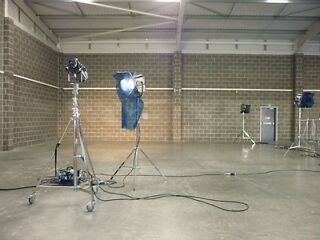 London Modern Warehouse Ideal for Storage, Filming Location, Set Building, Photoshoots etc  Picture 7