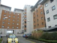 City airport 2 BED ROYAL VICTORIA DOCKS PARKING NEAR GEORGE V DLR & GALLONS REACH DLR