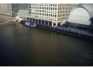 2 bed Apartment in Canary Wharf ...12 Discovery Dock , South Quay Square, London, E14 9LT Canary Wharf, Docklands Picture 6