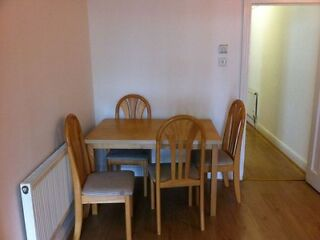 1ST SEPTEMBER 2013 Queensway :3 bedroom flat  Picture 4